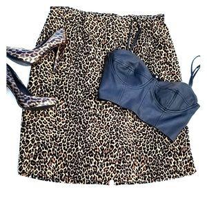 🤩 Leopard Print Knee Length Straight Skirt